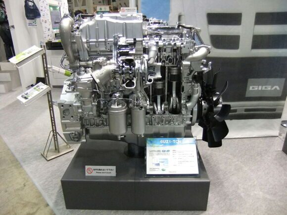 Isuzu,_6UZ1-TCH,_9.8_liters,_Diesel_Engines_